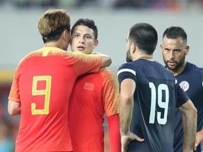 世界杯预选赛中国队主场7-0大胜关岛