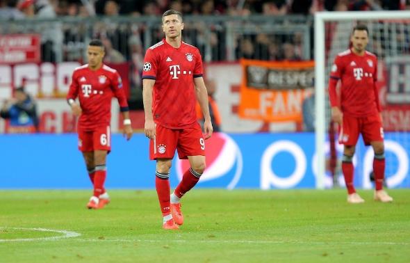 拜仁1-1阿贾克斯各项赛事3场不胜,胡梅尔斯伤退