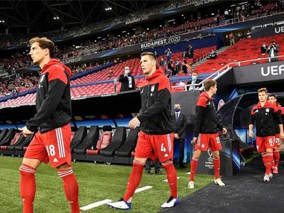 图片报报道,格雷茨卡与聚勒都将无缘与巴黎的次回合比赛