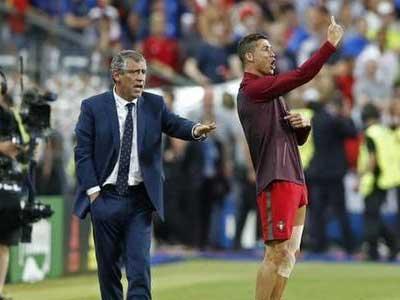 比教练还急!欧洲杯决赛伤退C罗场边激情指挥