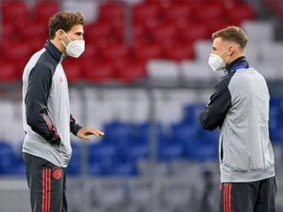 跟队记者报道,拜仁中场格雷茨卡能够赶上欧洲杯