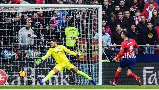 马竞3-0阿拉维斯,卡利尼奇西甲首球