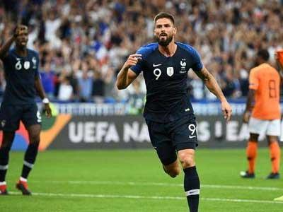 国外媒体报道,吉鲁仍然渴望参加明年欧洲杯