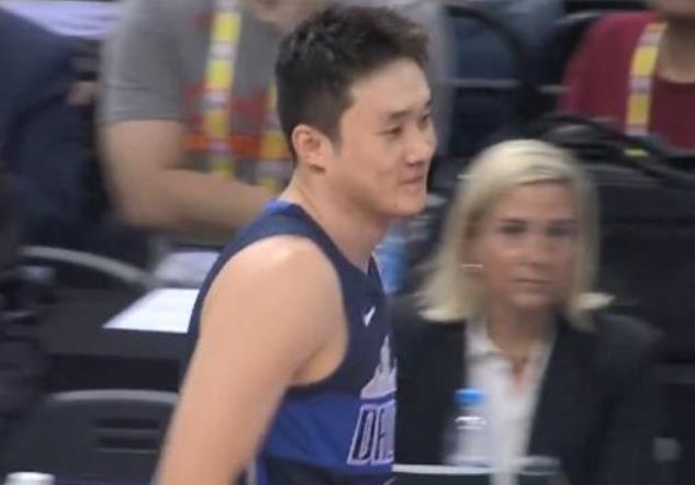 丁彥雨航罰球取NBA第1分!這一夜深圳陷入瘋狂