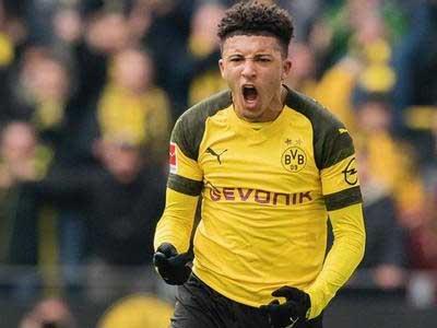 德甲知名记者:拜仁不会出售卢卡斯,带走桑乔需要报价1亿欧