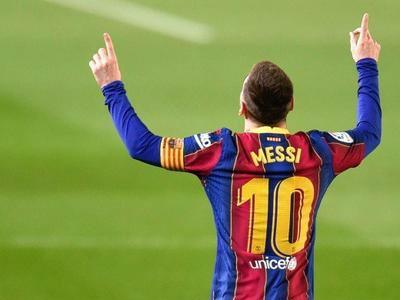西记者报道,梅西将会优先考虑巴塞罗那