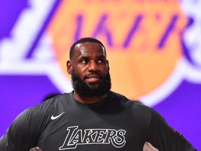 詹姆斯得分上双次数超邓肯,排名NBA历史第五