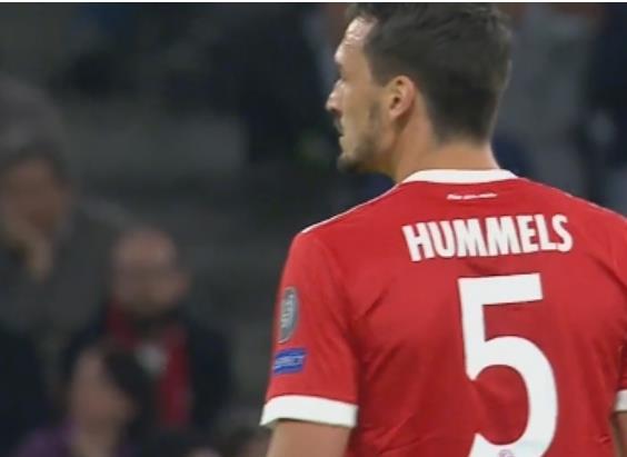 胡梅尔斯:乐意接受队中的位置竞争