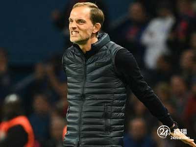 巴黎圣日尔曼主帅图赫尔表示 在蒂亚戈-席尔瓦离开之前仍是球队队长