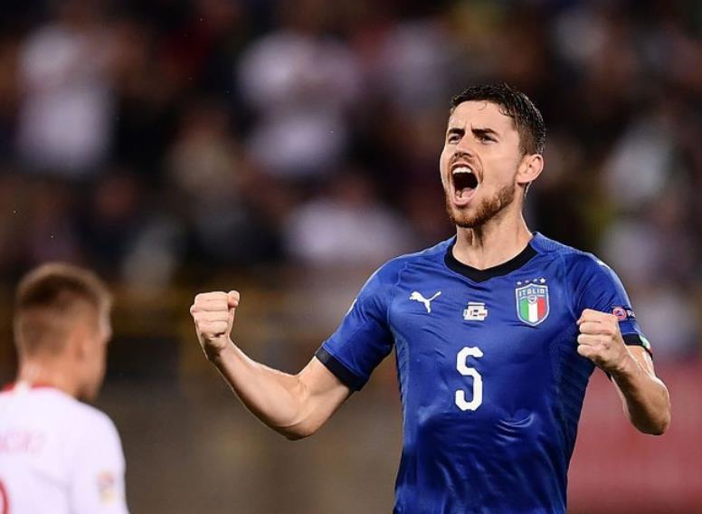 意大利1-1波兰 若日尼奥点射莱万献助攻