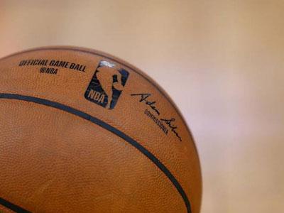 NBA停播球员众生相:KD震惊,LBJ爆粗口