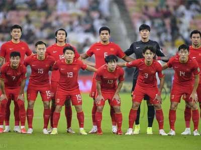 中国主帅李铁:对队员们的状态很满意,所有人都在努力拼搏