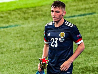 官方消息,苏格兰中场球员吉尔摩新冠检测呈阳性