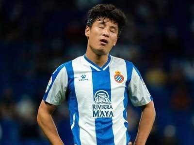 武磊首发,德莱尼被罚红牌,西班牙人客场0-2不敌十人塞维利亚